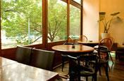 eau cafe(オ―カフェ)は都会のリゾートがコンセプト(代官山)